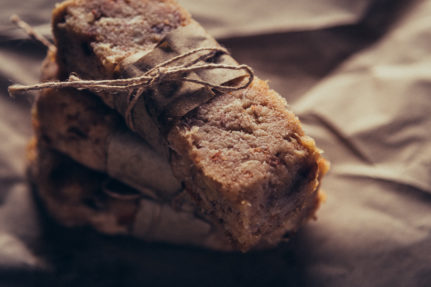No Bake Vegan Pineapple & Dates Energy Bar