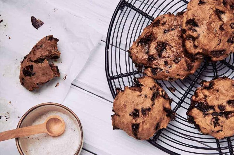 40 - hour chocolate chip cookie | Inspired by TASTY | Glutenfree